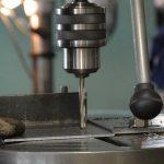 Обработка металлических деталей сверлением