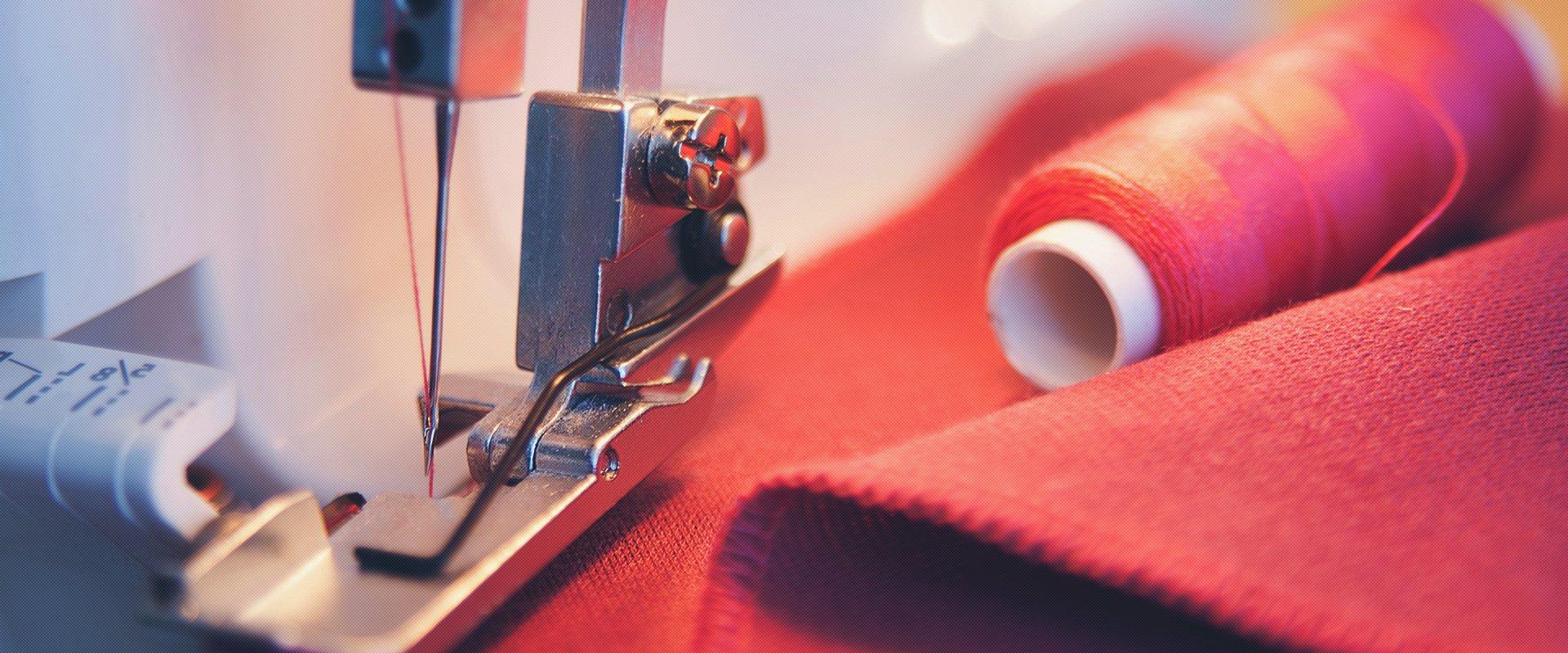 Процесс создания женской одежды