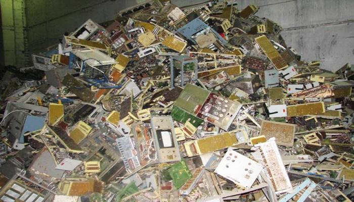 Переработка лома и отходов, которые содержат драгоценные металлы