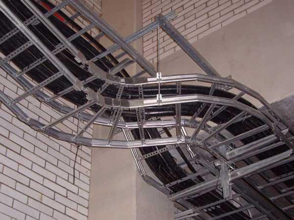 Проволочный лоток для прокладки кабеля